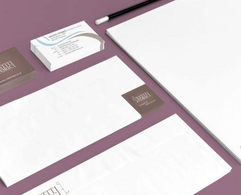 Suriglia Studio - Vestiti Storci Identity work